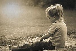boy-477013__180_pixabay_Mädchen_spielt